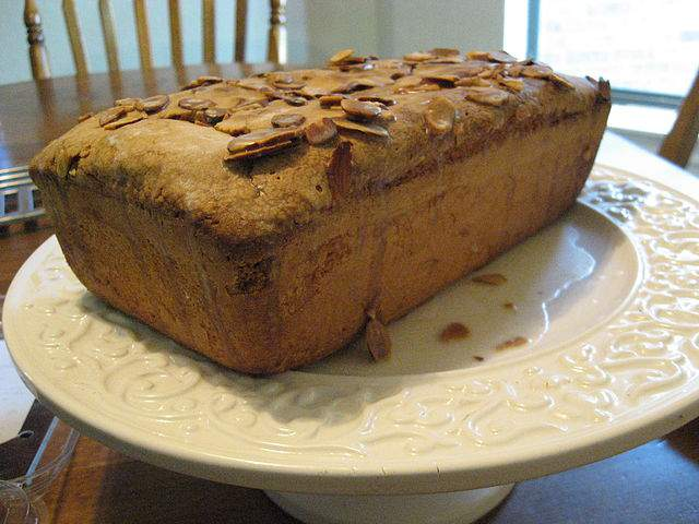 almound-pound-cake