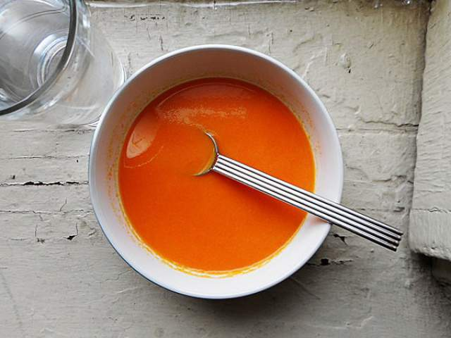 beta-carrot-and-coriander-soup
