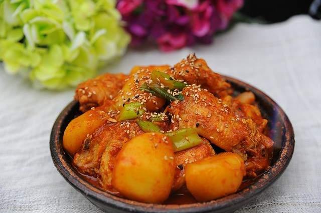 chicken-with-thickened-chili-sauce