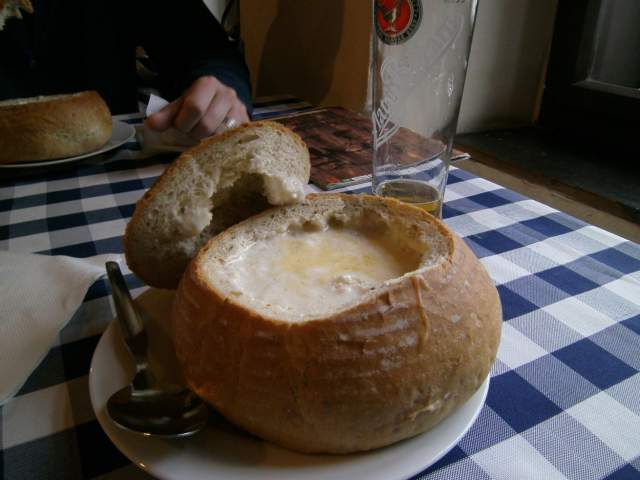sweet-potato-with-roasted-garlic-and-onion-soup-in-a-hole