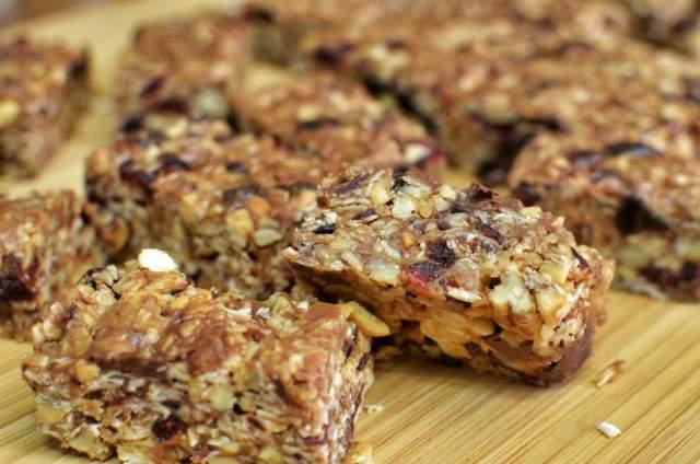 low-sugar-granola-bars