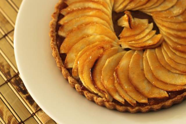 honey-lemon-apple-tart