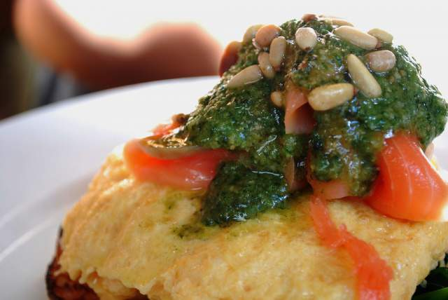 scrambled-eggs-with-salmon-beans-tomatoes-and-pesto