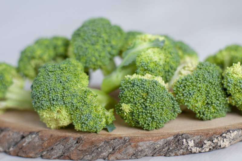 green-broccoli-healthy-food
