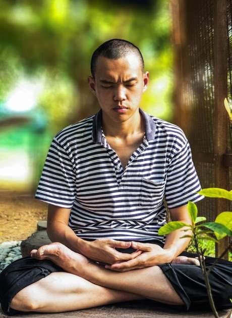 meditate-young men
