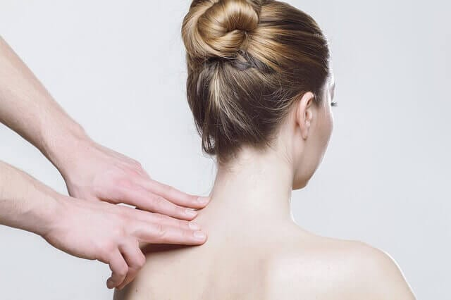 massage-Women Backside