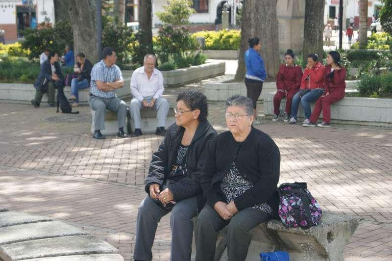 woman-old-rest-park