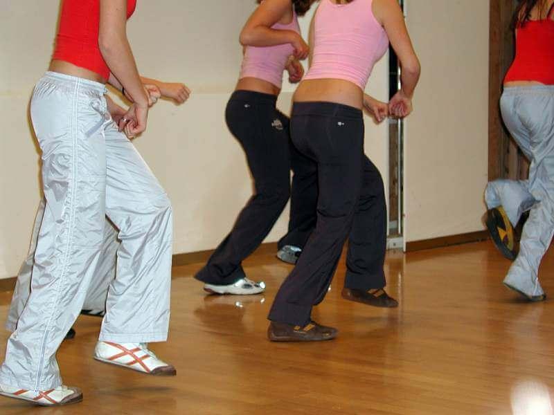 aerobics-movement-gymnastics