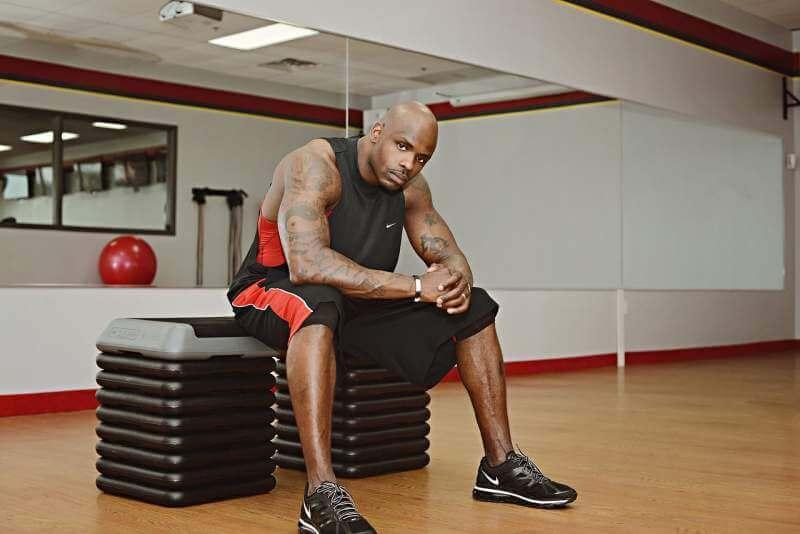 fitness-guy-black-exercise