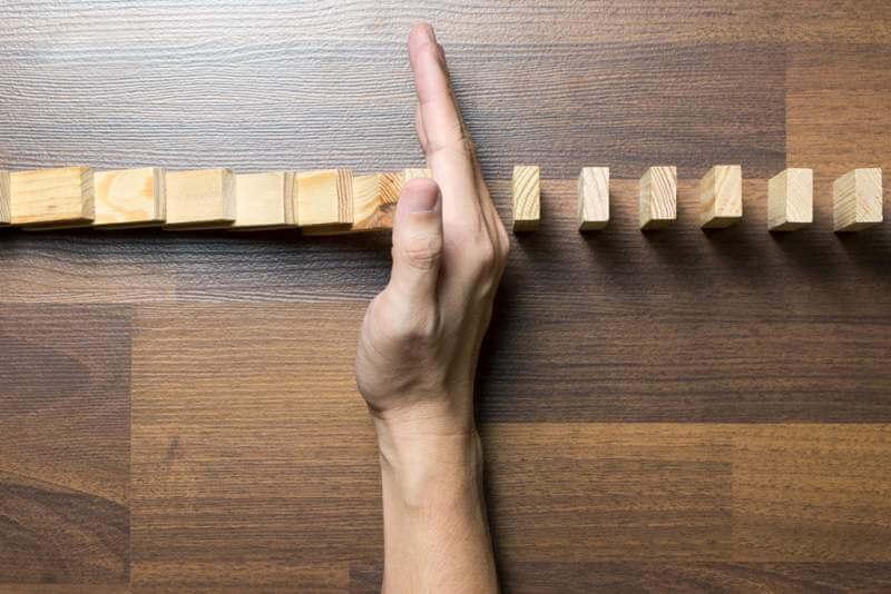 Domino risk effect