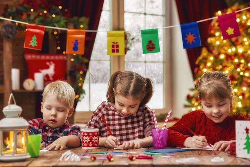 children make cards