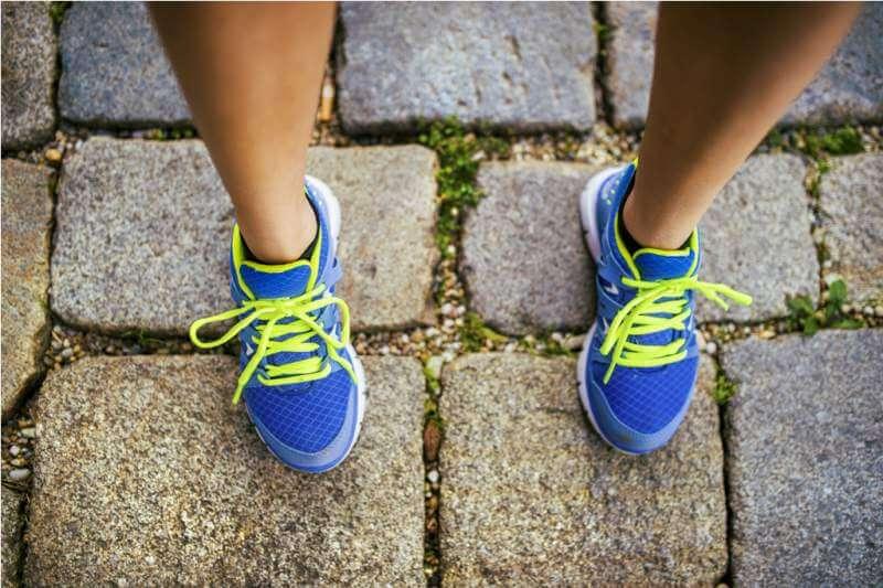 female-runner-feet