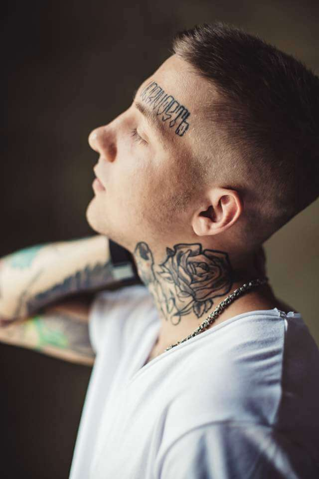 trendy-young-man-in-tattoos