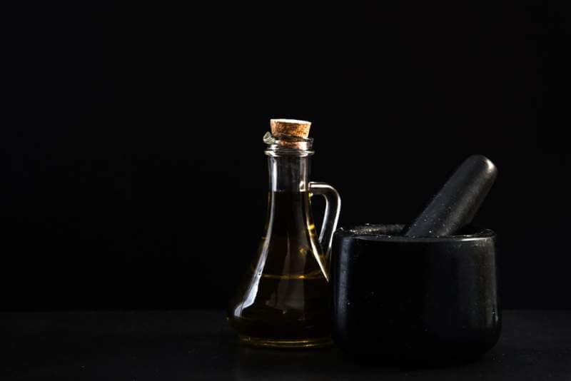 granite-mortar-for-herbs-and-olive-oil