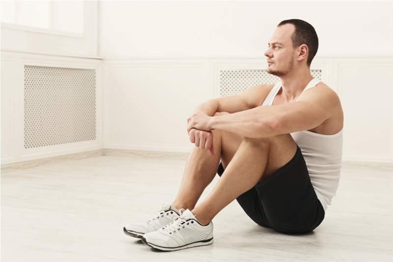 male-bodybuilder-having-rest-after-workout