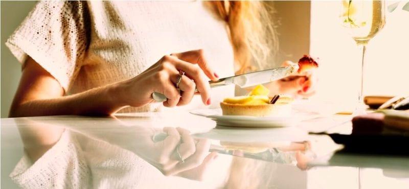 woman-eating-dessert-chill-relax