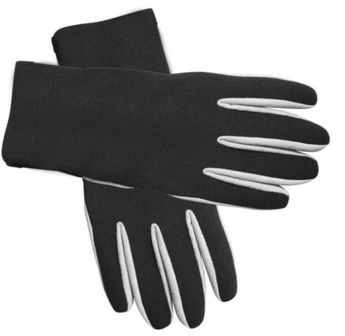black-winter-gloves