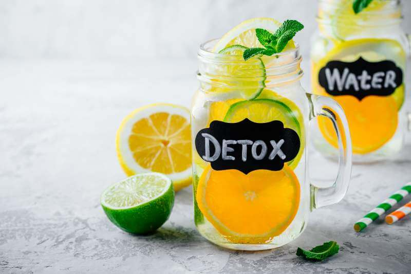 infused-detox-water-lemonade-with-orange-lemon
