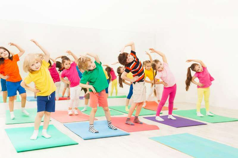 Yoga Makes Kids Strong And Smart Here S How Keep Healthy Living