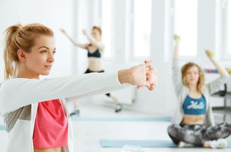 fitness-women-on-gym