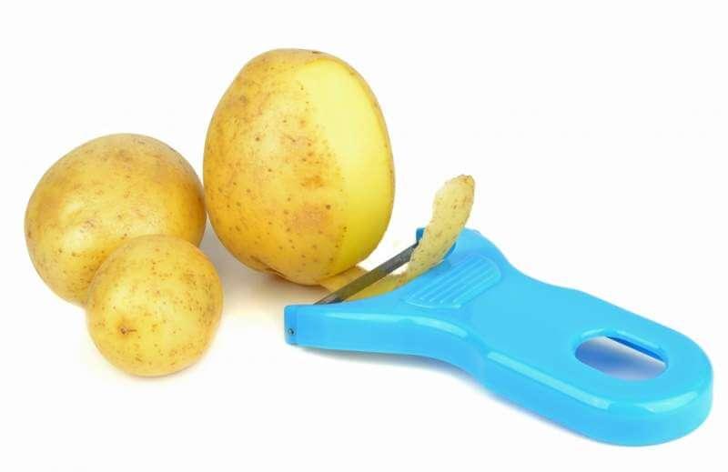 potato-peeler-and-potatoes