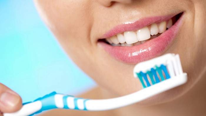 How to keep your teeth clean and healthy