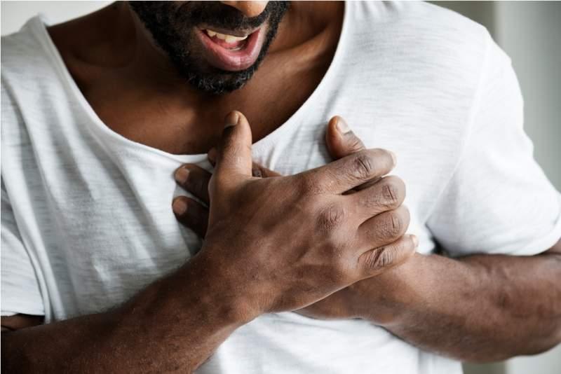 black-man-having-a-heart-attack