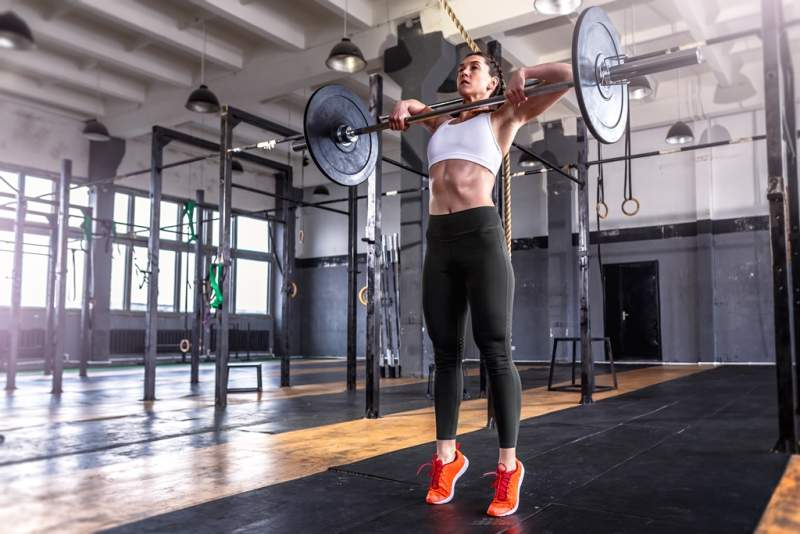 sporty-athletic-woman-in-crossfit-gym