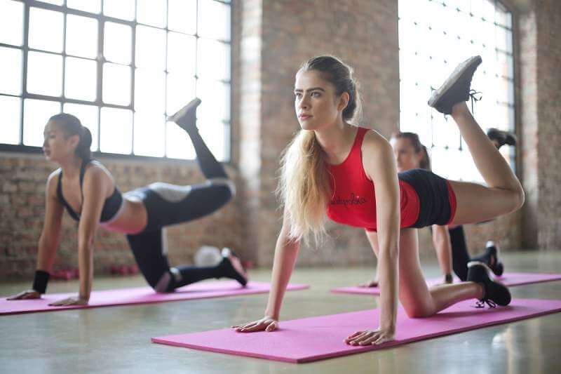 studnets-exercising