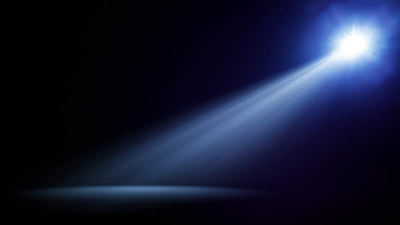 blue-stage-light-beam-background