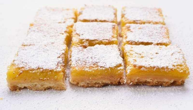 lemon-squares-on-baking-paper
