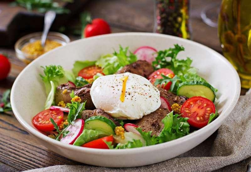 warm-salad-from-chicken-liver-radish-cucumber