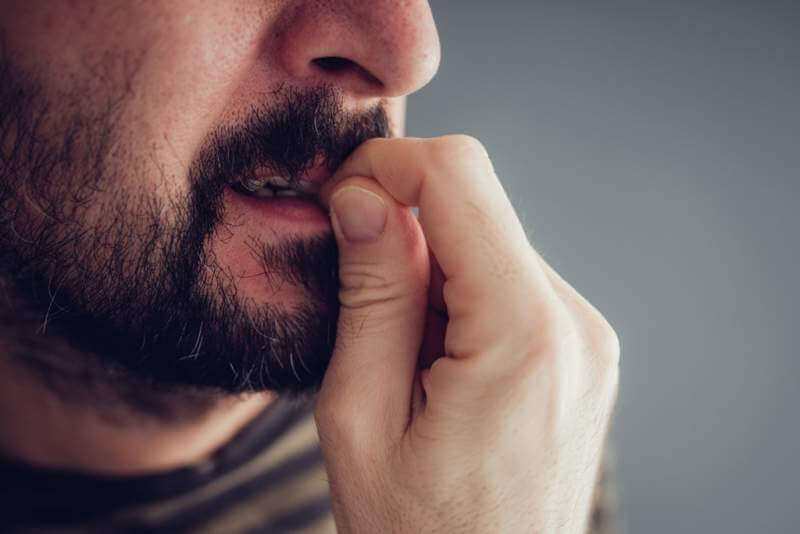 biting-fingernails