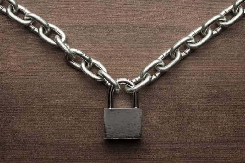check-lock-and-chain-concept