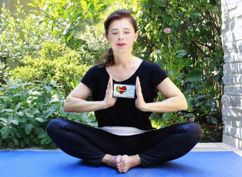 yoga-app-iphone-mobile-phone