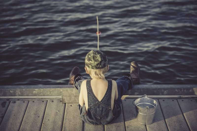 boy-fishing