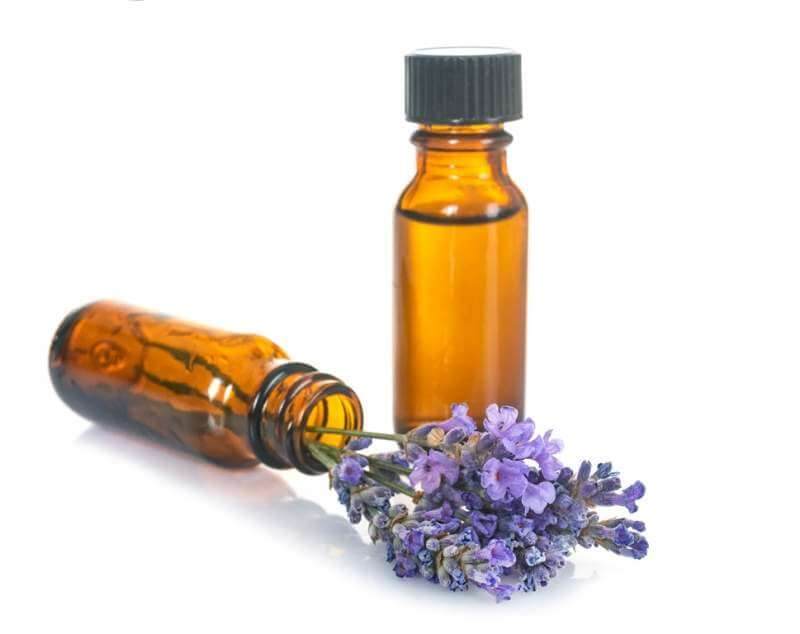 essential-oils-and-lavender