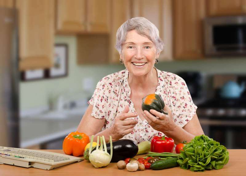 oldwomen-freshvegetables