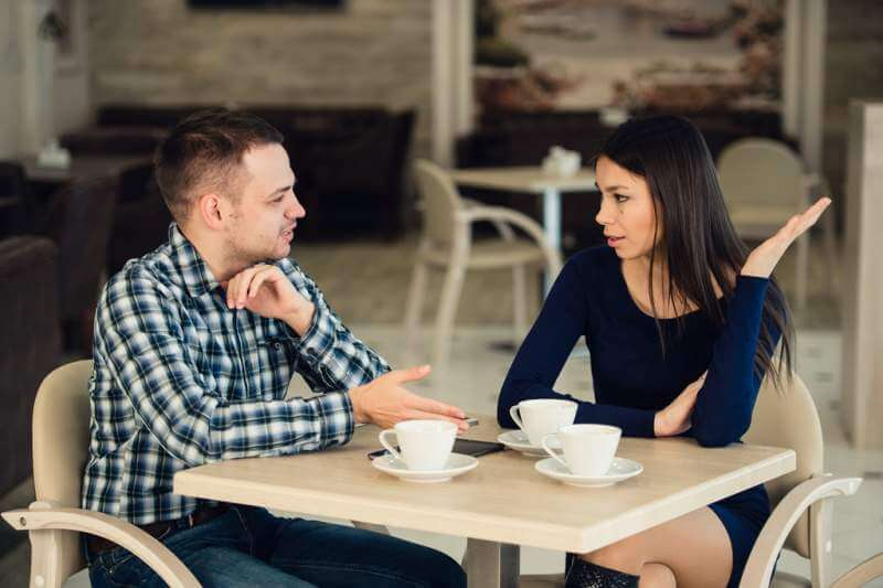 young-couple-arguing-in-a-cafe-relationship