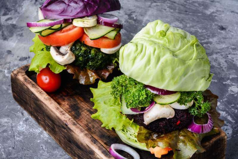 veggie-burger-on-wood-table