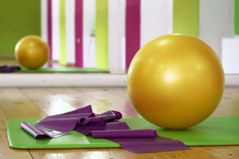 workout-ball-pilates-fitness-gym
