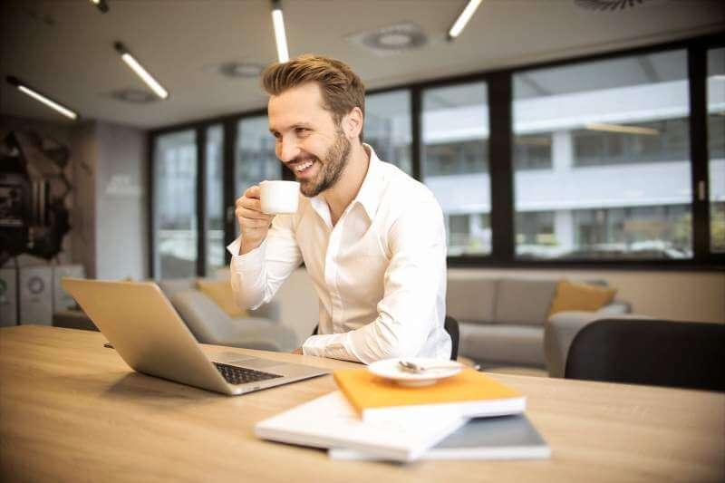 Laptop-work-men