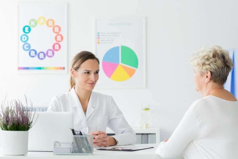 doctor-happy-with-patients-progress