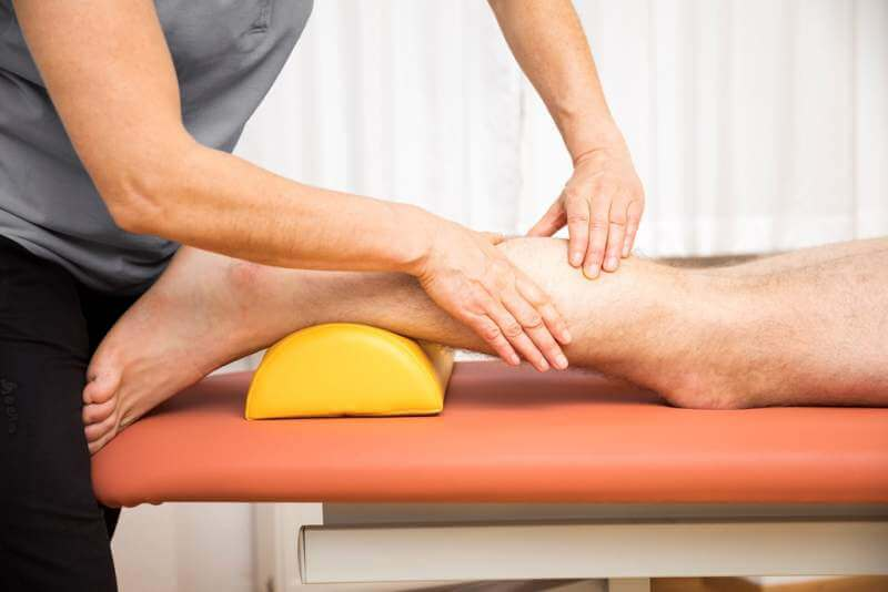 young-man-at-the-physio-therapy