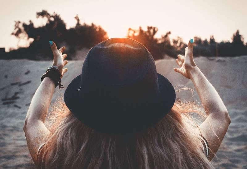 sunset-dawn-girl
