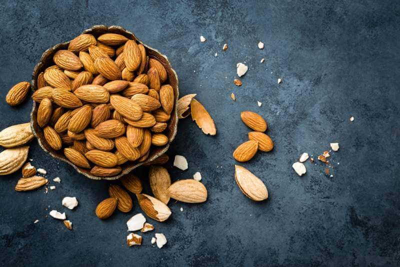 almond-nuts-in-bowl-almonds