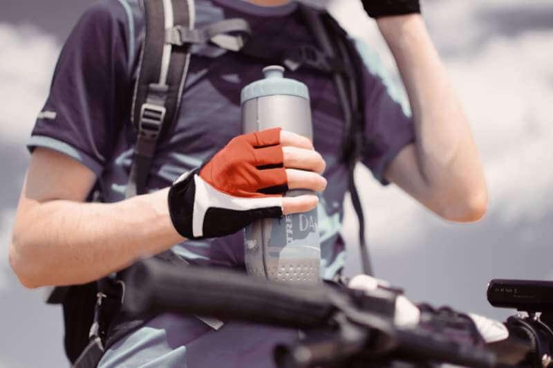 reusable-sports-water-bottle-drinking-water