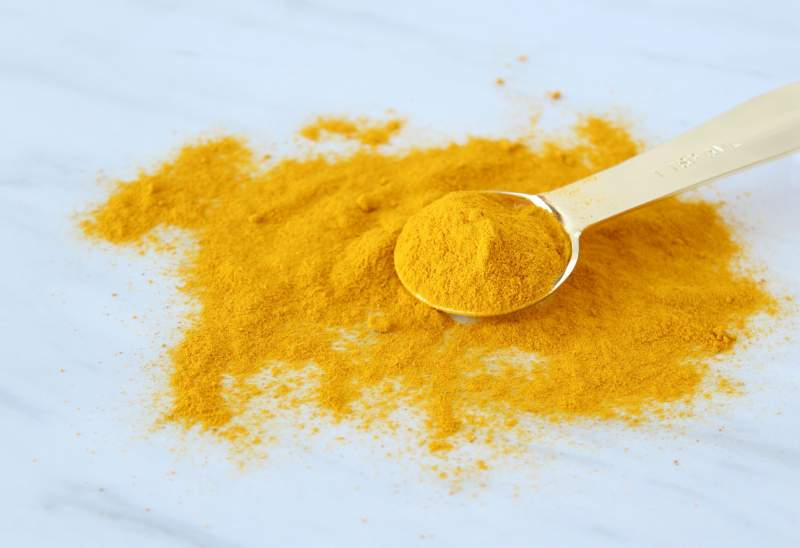 turmeric-powder-spoon